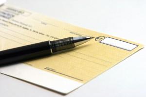 Los cheques: conoce todo sobre su funcionamiento (cheques 300x200)